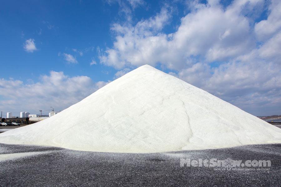 road_salt_pile